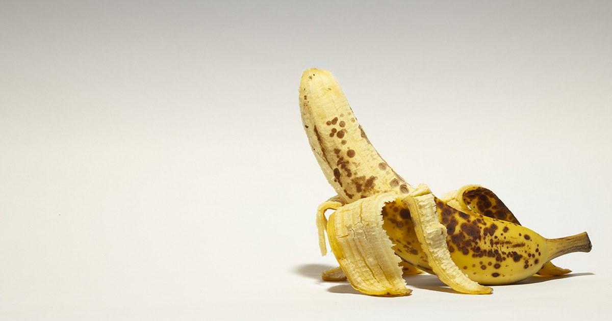 フルーツを食べる人 vol.10 バナナ
